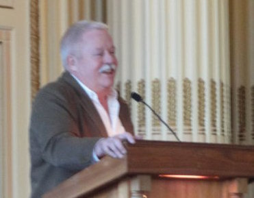 Armistead Maupin speaking at Nottingham Council House, 27 Nov 2010.